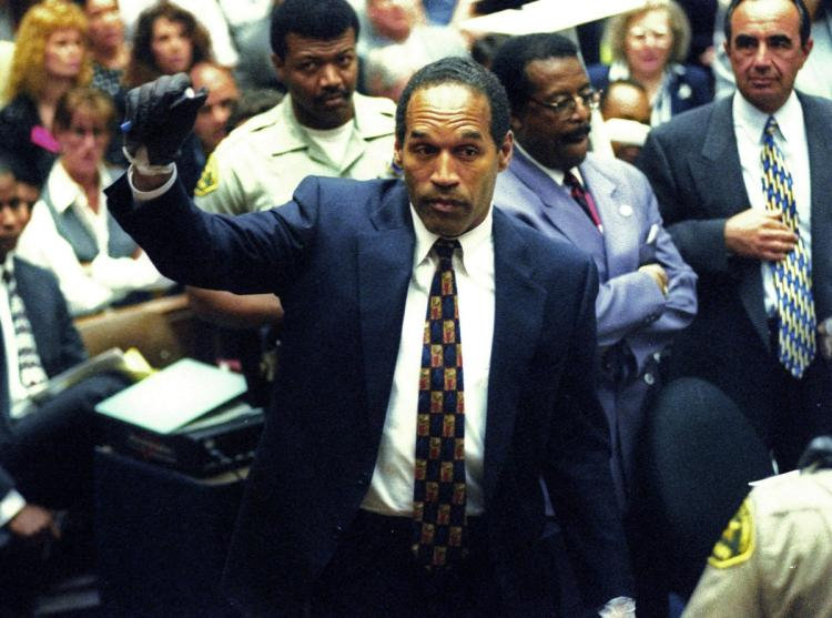 ìtrial of the centuryî: the oj simpson murder trial essay The trial of oj simpson could end up with an nfl star who had a multimillion dollar mansion, and various movie offers under in the case of georgia vs gregg, a jury found the defendant guilty of both armed robbery and murder after robbing and killing two men.
